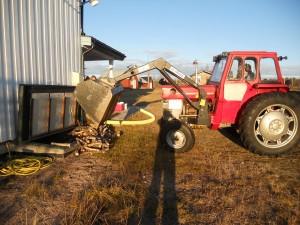traktor ved huset